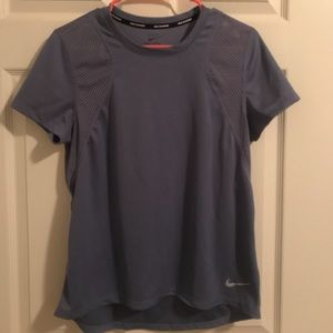 Nike dri fit top Size M